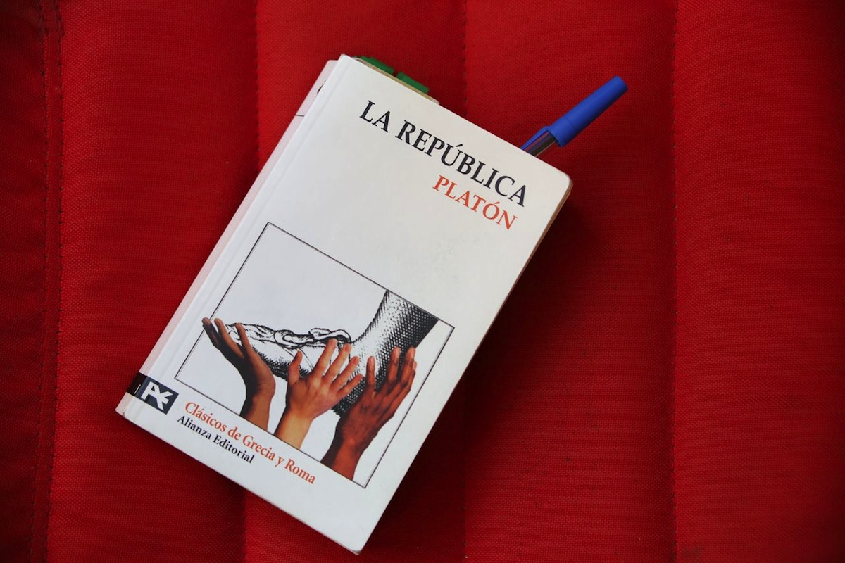 La República, Paltón. Clásicos de Grecia y Roma. Alianza Editorial.
