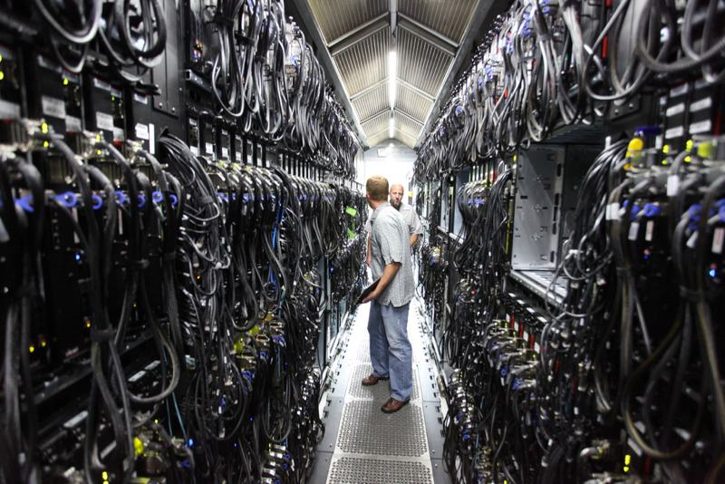 Tener los servidores en un datacenter permite crecer de forma casi ilimitada en segundos.