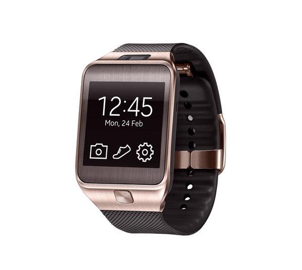 El Samsung Galaxy Gear 2 lleva la cámara integrada en el cuerpo del reloj en lugar de en la correa como el Gear original