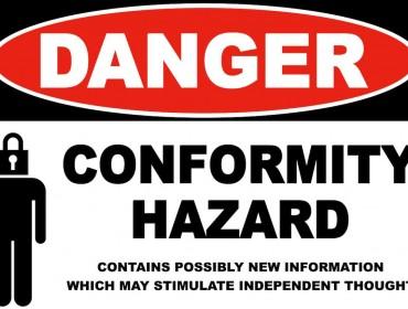 Aviso: peligro de conformidad