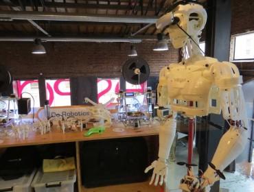 Robot construido con piezas impresas en 3D