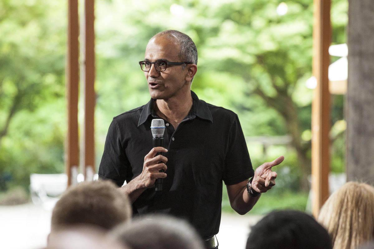 Microsoft y Salesforce acuerdan integrar sus productos