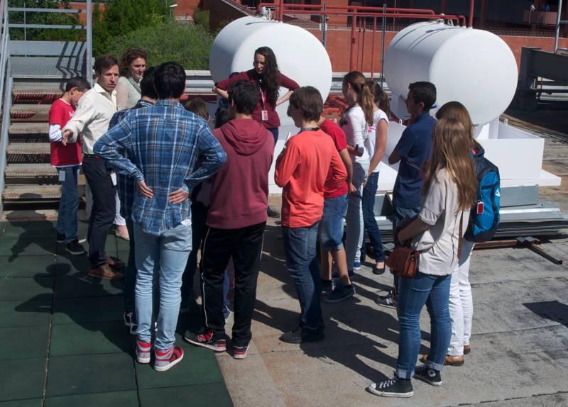 Entre las actividades del campus, los participantes han podido conocer el funcionamiento del centro de datos de Interxion.