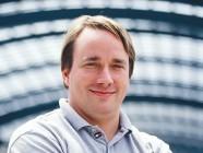 """Linus Torvalds recibe el """"premio Nobel"""" de la informática"""