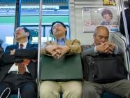 Para descansar mejor y evitar la obesidad, duerme a oscuras