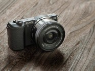 Sony a5100, cámara ultracompacta de objetivos intercambiables
