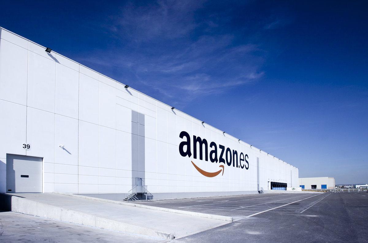 Los paquetes de Amazon se podrán recoger en las oficinas de Correos