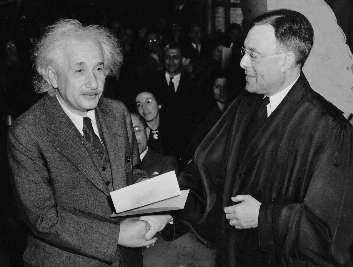 Disponible online el legado documental de Albert Einstein