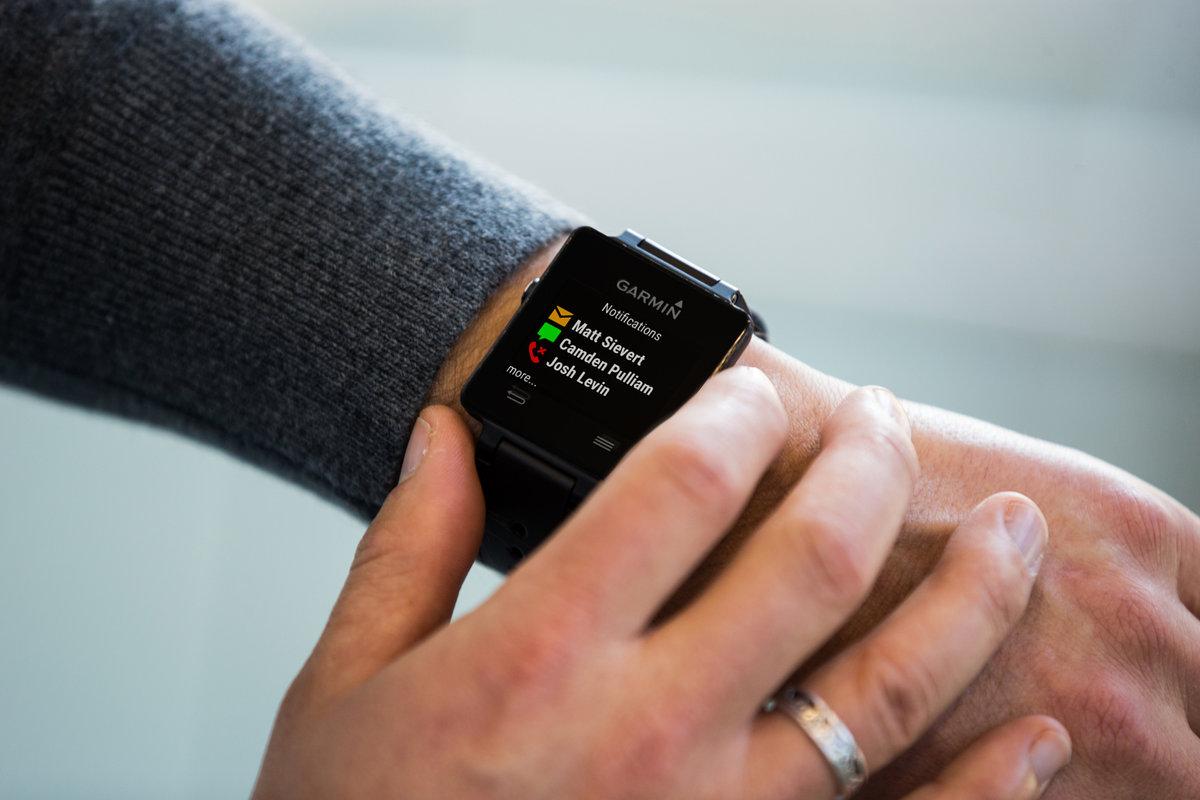 Garmin entra en el mundo de los smartwatches con vivoactive