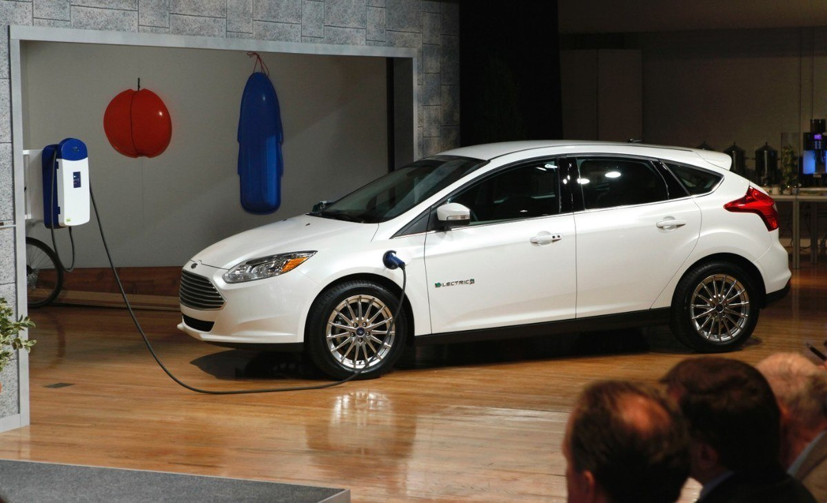 Ford abre sus patentes de coche eléctrico a la competencia