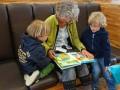 lectura-libro-ninos-abuela