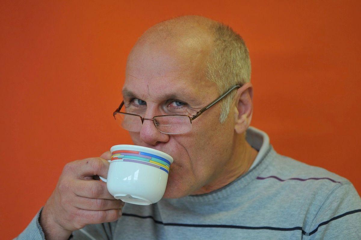 La curiosa relación entre la cafeína y la honestidad
