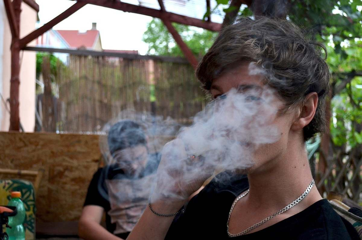 La marihuana te manda a lo más bajo de la sociedad