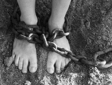 esclavo-cadenas