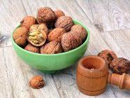Un puñado de nueces al día reduce el riesgo de padecer muchas, muchas enfermedades