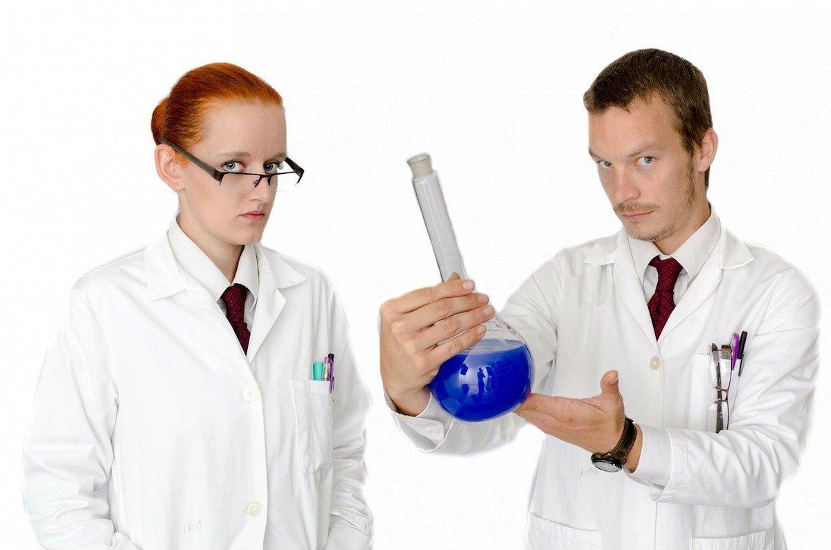 """Puntos cúanticos de grafeno: los nuevos """"todo en uno"""" contra el cáncer, la falsificación o el deterioro del agua"""